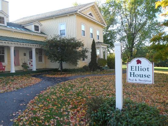 Elliot House Bed & Breakfast: Elliot House