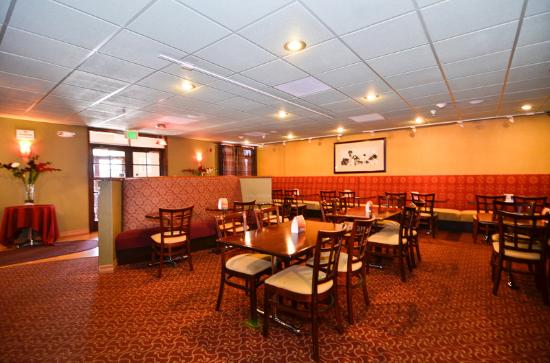 BEST WESTERN PLUS Brookside Inn: Restaurant