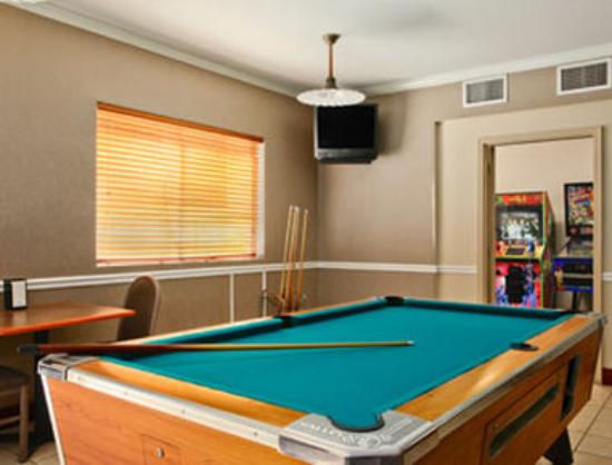 Days Inn Gulf Shores: Game Room