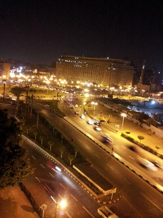 City View Hotel: A peaceful view of Tahrir Square by night.