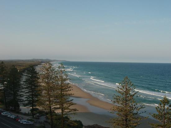 Clubb Coolum Beach: Views to Noosa