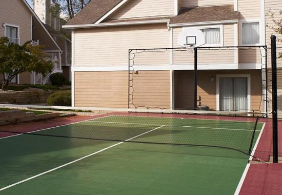 Residence Inn Chicago Lombard: Sport Court