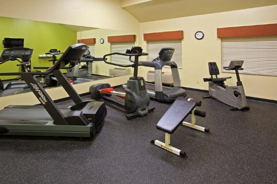 Country Inn & Suites By Carlson, Kalamazoo : CountryInn&Suites Kalamazoo FitnessRoom