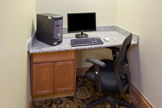 Country Inn & Suites By Carlson, Kalamazoo : CountryInn&Suites Kalamazoo BusinessCenter