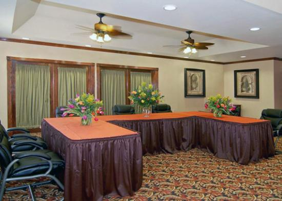 Comfort Suites Marshall: Meeting