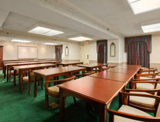 Days Inn Salem: Meeting Room