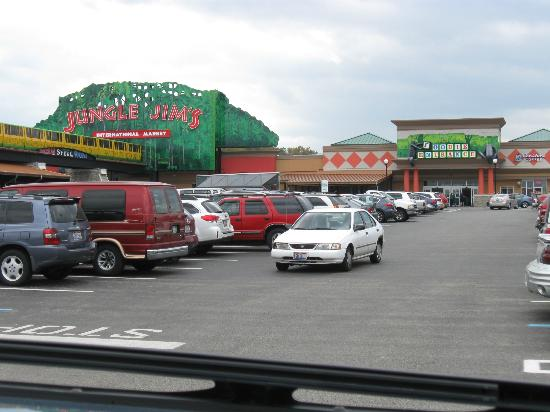 Images of Jungle Jim's International Farmers Market - Attraction Pictures