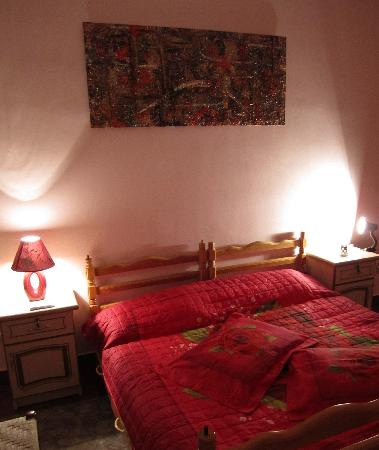 Theatre Hostel: Double Ensuite Room (Private bathroom, kitchenette, separate entrance)