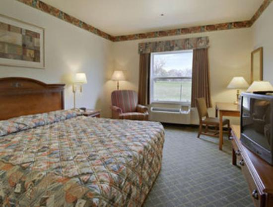 Super 8 Meacham / North Fort Worth: Standard King Bed Room