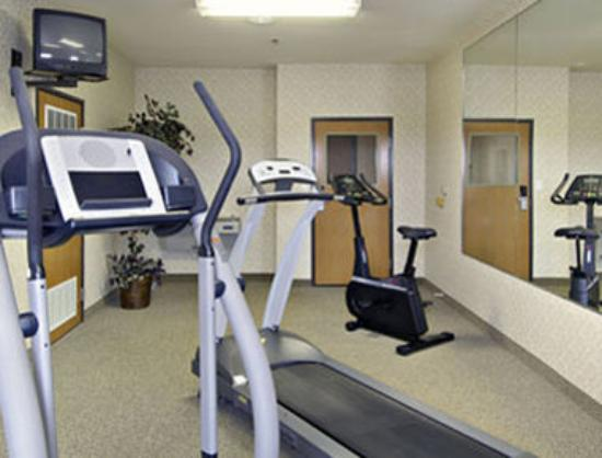Super 8 Meacham / North Fort Worth: Fitness Center