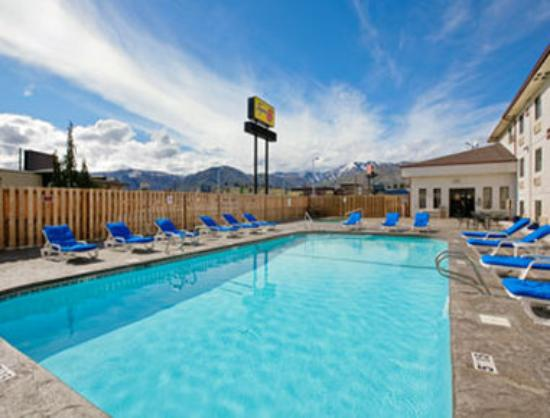 Super 8 Wenatchee: Pool