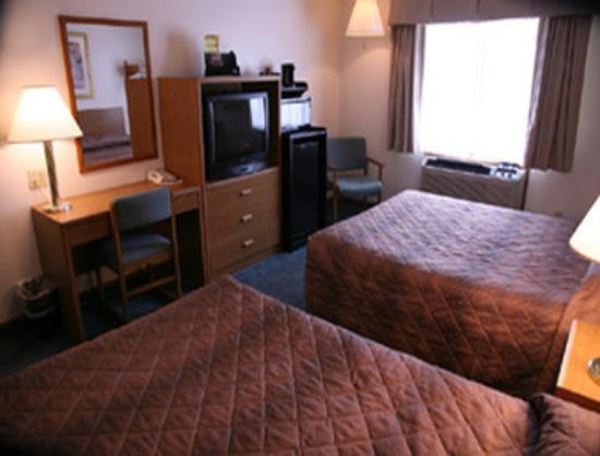 Super 8 Grapevine/DFW Airport Northwest: Two Bed Room