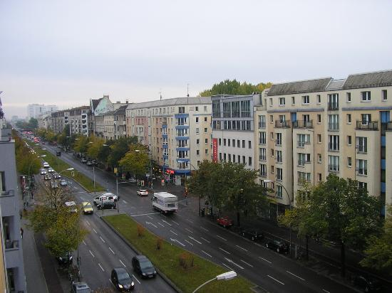 BEST WESTERN Hotel City Ost: Frankfurter Allee from the room