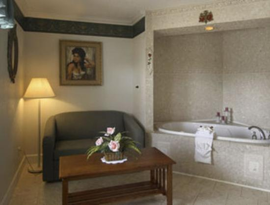 Travelodge Suites Saint Augustine Old Town: Jacuzzi Suite