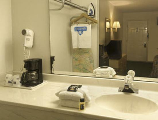 Travelodge Suites Saint Augustine Old Town: Standard Two Double Bed Room