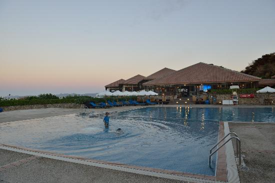Club Med Kabira Beach: pool