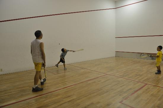 Club Med Kabira Beach: Squash