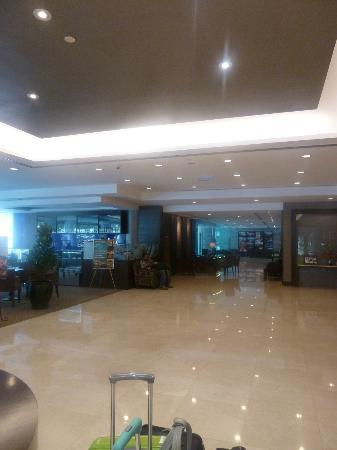 Furama Bukit Bintang: lobby