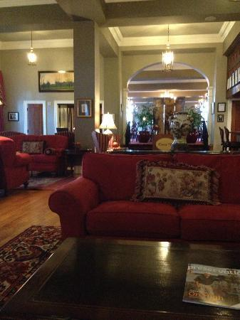 The Mimslyn Inn: Lobby