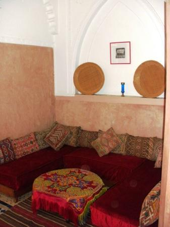 Riad Souika: Exterior alcove with seating