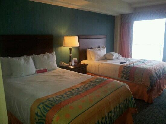 Ramada on the Beach: very nice. way better than most you pay more for
