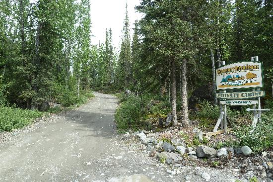 Kennicott River Lodge: Entrance