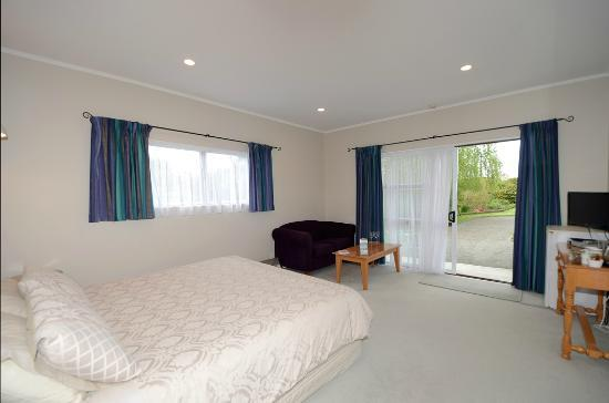 ‪Martinborough Experience B&B‬