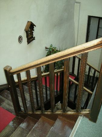 Hotel Weisses Kreuz: Hotel - The stairs were so cool, and so old