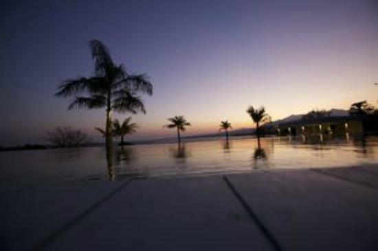 The Lombok Lodge: The Lodge Infinity Pool.