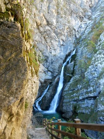 Jezero Hotel: Slap Savica - Savica Waterfalls 10kms. from hotel