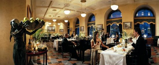 Grand Hotel Europe by Orient-Express: Rossi's Restaurant