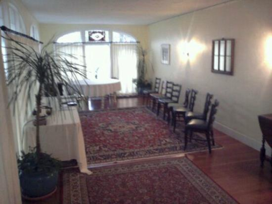 The Centennial House Bed and Breakfast: Function Room