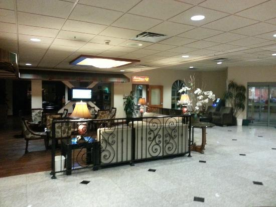 BEST WESTERN Plus Evergreen Inn & Suites: Lobby