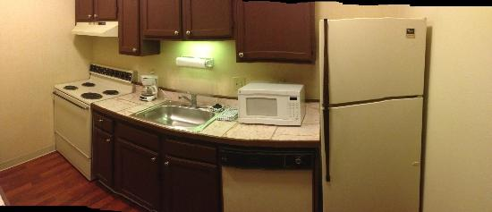 Quality Suites: Circa 1990 Appliances (not including the microwave)