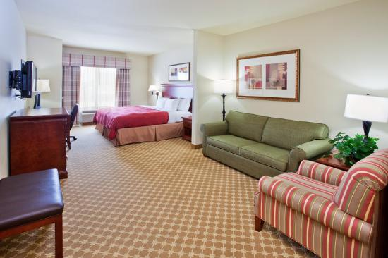 Country Inn & Suites: CountryInn&Suites Tifton GuestRoom