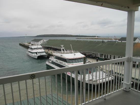 Chippewa Hotel Waterfront: Harbor suite balcony