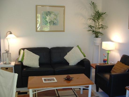 Peregian Beach, ออสเตรเลีย: Courtyard Apartment Lounge
