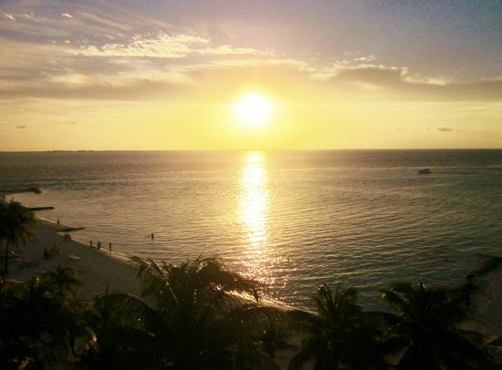 Ixchel Beach Hotel: Sunset from the balcony of 510 (Phase II).