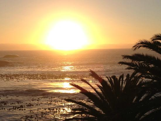 Azamare Guesthouse: Great sunsets for sundowners