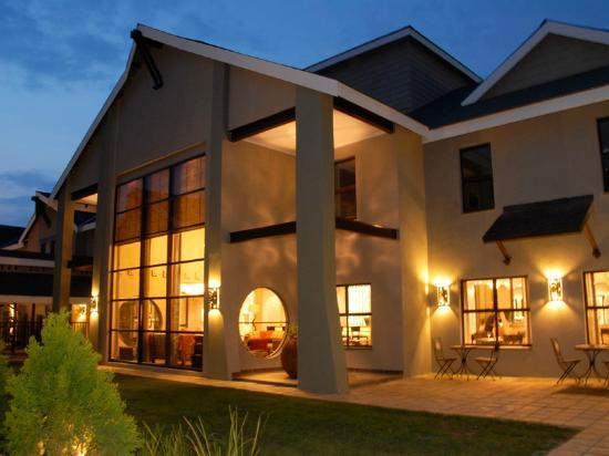 Protea Hotel Willow Lake