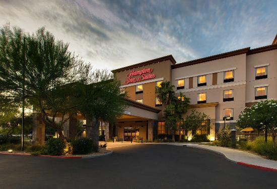 ‪Hampton Inn & Suites Phoenix North-Happy Valley‬