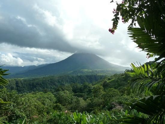 The Springs Resort and Spa: View of Arenal Volcano from everywhere 