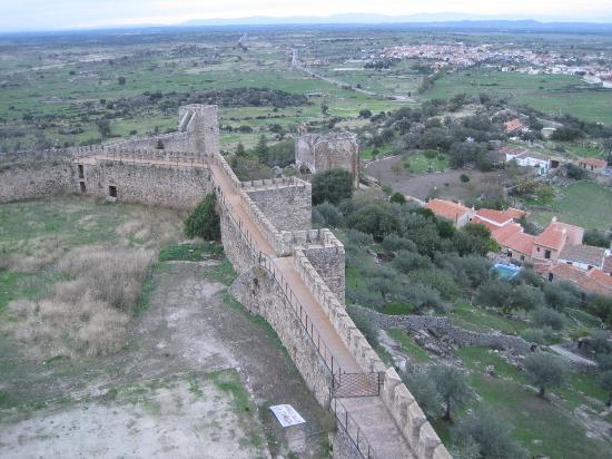 view of the town from the castle walls - Picture of Castillo de Trujillo (Tru...