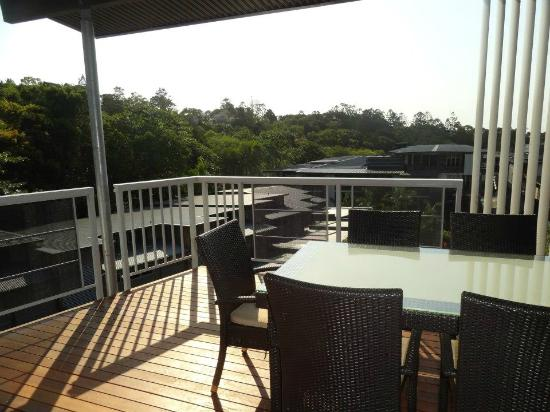 Outrigger Little Hastings Street Resort & Spa Noosa: Upstairs balcony