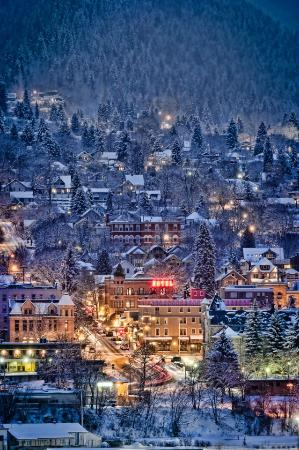 Alpine Inn and Suites: Winter in Nelson
