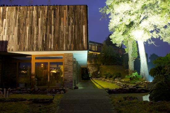 Arrebol Patagonia Hotel: Hotel at Night