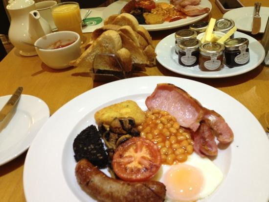 Galtres Lodge Hotel: good breakfast