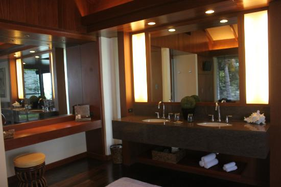 Asya Premier Suites: which mirror to choose?