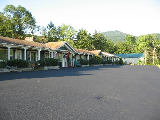 Killington Motel: front building