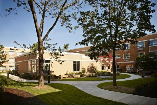 TownePlace Suites Mississauga-Airport Corporate Centre: Private Courtyard